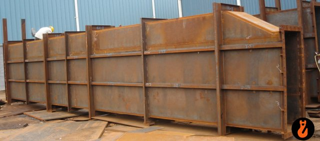 Hot air duct : size: 3462 X 2702 X 5000 mm
